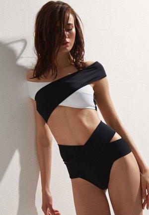 Siyah Beyaz Çapraz Bikini Takım