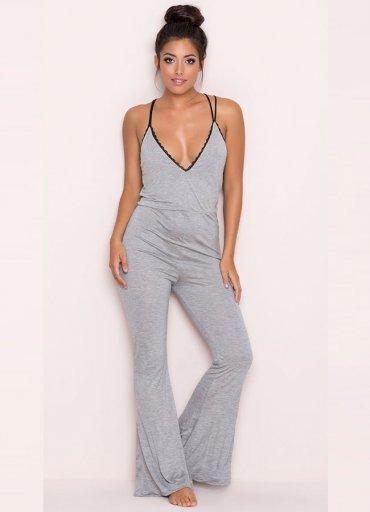 Gri Dantel İşlemeli Askılı Eşofman Pijama Takım - 135 TL
