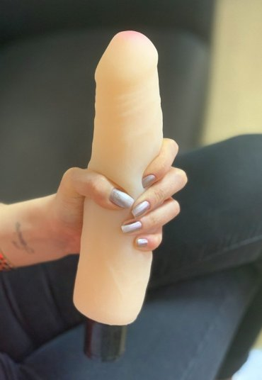 Yumuşak Ten Doku 25 Cm Realistik Penis