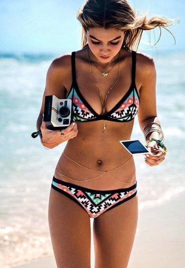 Gigi Hadid Şık Tasarım Bikini