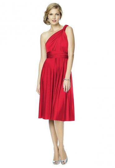 Farklı Modellere Dönüşebilen Elbise