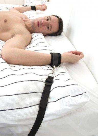 Fetish Ayarlanabilir Yatak Kelepçesi