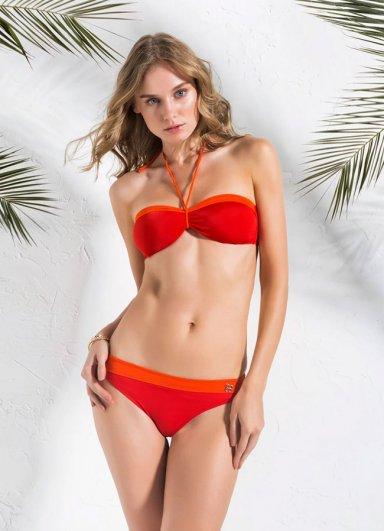 Seksi Kırmızı Bikini Besty