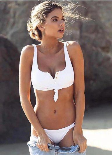 Beyaz Çıtçıtlı Şık Bikini Takım